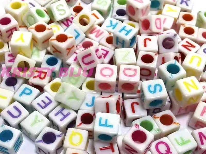 Miçanga Dadinhos Infantil Alfabeto Letras Confecção De Pulseiras